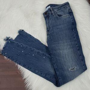 Pearl Accent Zara Skinny Ankle Raw Hem Jean
